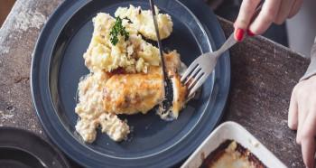 Kuřecí na smetaně se šťouchaným bramborem