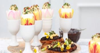 Vejce Fabergé v tulipánovém stakanu